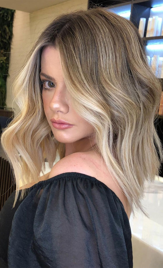 winter hair color for brunettes, winter hair color, brunetthe, brunette balayage, hair color ideas, brown hair color