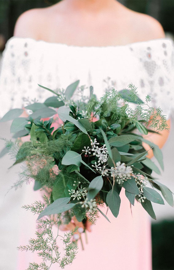 green wedding bouquet, bridesmaid wedding bouquet, green wedding bouquet ideas 2021