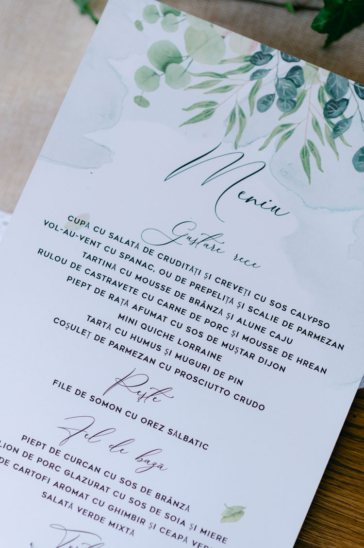 wedding menu card, green and white wedding menu card display