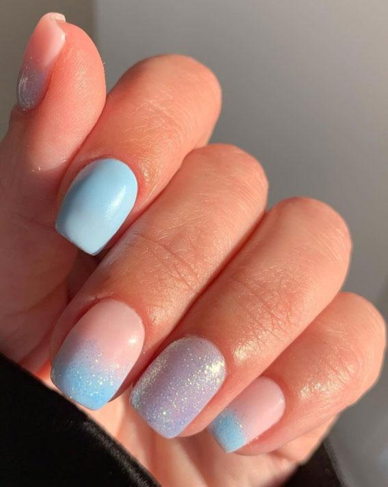svjetlucavi plavi nokti, uskršnji nokti, uskršnji dizajn noktiju, uskrsni dizajn noktiju, uskršnje boje noktiju, uskršnji nokti 2021, pastelni nokti, uskršnji nokti u boji ulice, uskršnji nokti akril