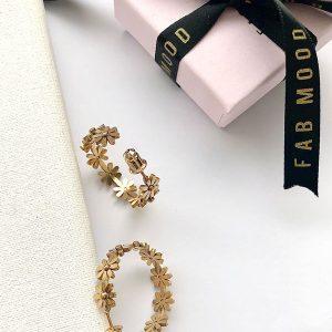 14k gold hoop flower earrings, flower gold hoop earrings, 14k gold link earrings, hypoallergenic earrings