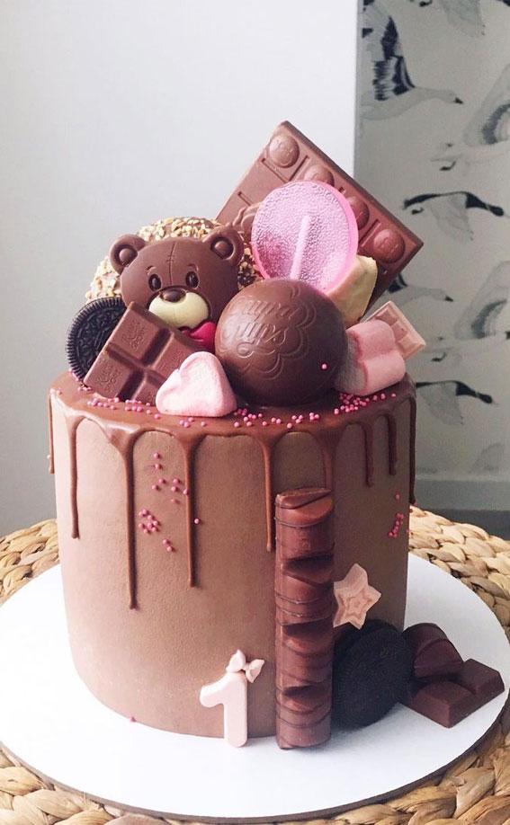 čokoladna dječja torta za prvi rođendan, torta za prvi rođendan, torte za rođendan za dječaka s imenom, torta za dječake s prvim rođendanom, torte za prvi rođendan, djevojčica za prvi rođendan, torta za prvi rođendan, torta za rođendan za djevojčicu, ideje za rođendan za rođendan , ideje za torte za bebe za prvi rođendan