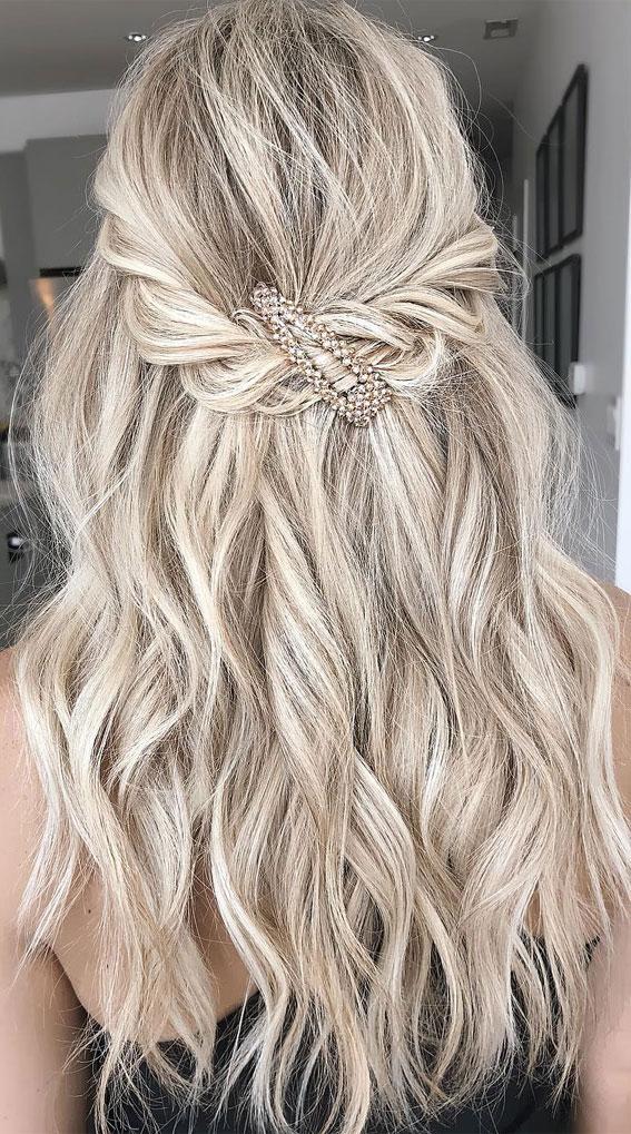 half up half down hairstyle, boho half up, simple half up hairstyle, half up hairstyle ideas, half up half down hairstyles 2021