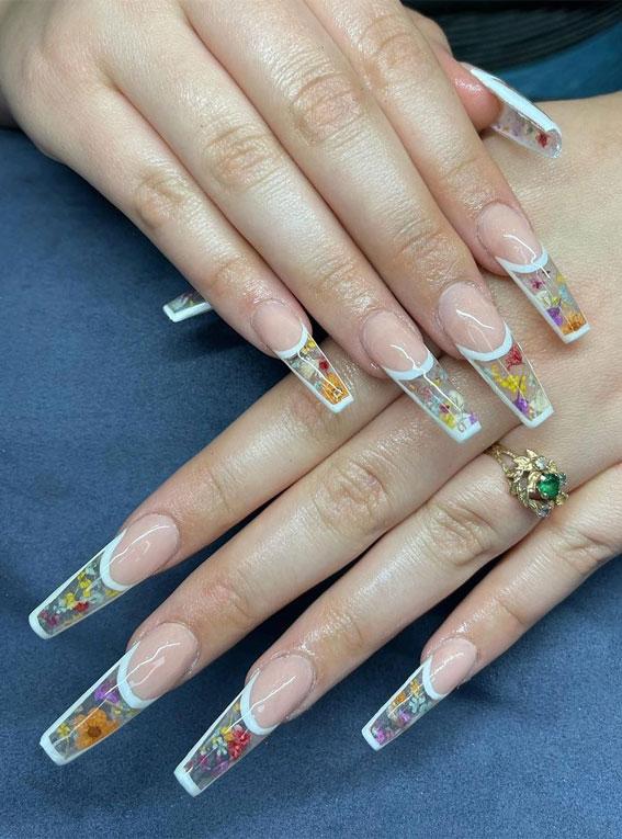 kapsulirani nokti za cvijeće, kapsulirani nokti sa suhim cvjetovima, kapsulirani nokti, umetci za nokte u kapsuli, inkapsulirani nokti 2021, ideje za kapsulirane nokte, nokti za kapsulirane nokte, dizajnirani nokti za kapsule, kratki kapsulirani nokti, suho prešano cvijeće za nokte