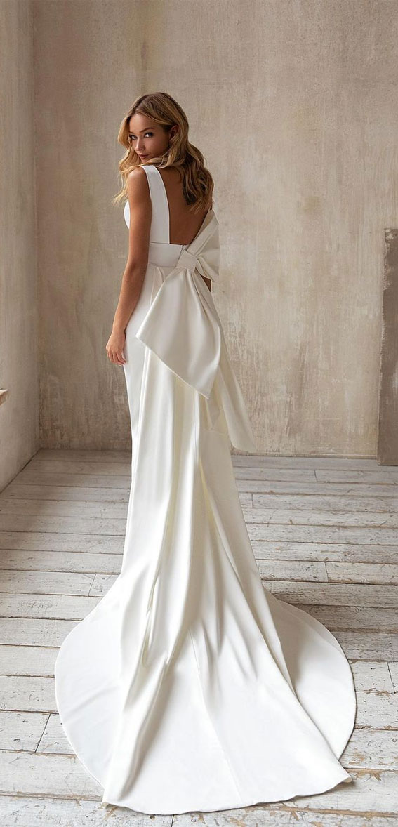 jednostavna elegantna vjenčanica, klasična vjenčanica, prekrasna vjenčanica, vjenčanice 2021, klasične vjenčanice 2021