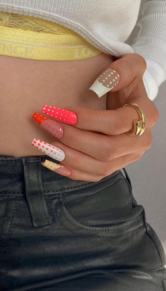 kylie jenner nails, polka dot nails, kylie jenner inspired nails, polka dot nails 2021, polka dot nails designs, polka dot nail tips