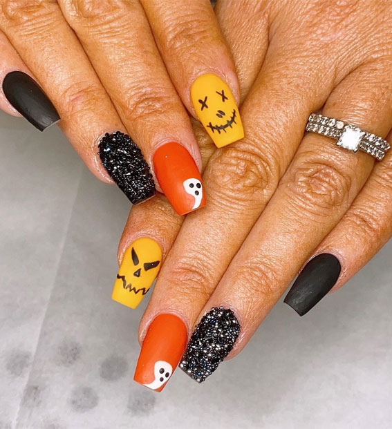 mix and match halloween nails, halloween nails, halloween nail art, halloween nail designs 2021, halloween nails acrylic, halloween nails pumpkin, halloween nails coffin